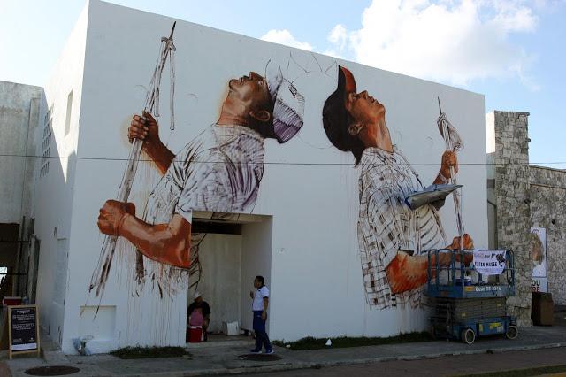 Художник – Fintan Magee / Стена – остров Косумель, Мексика