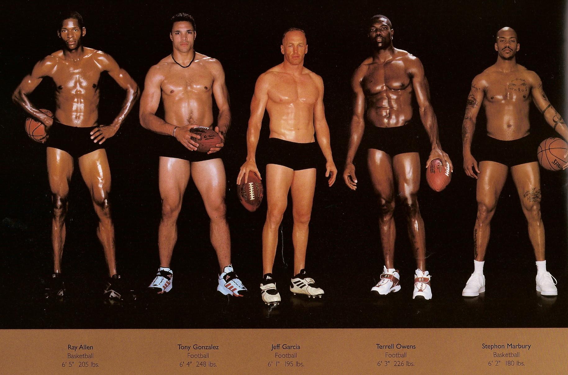 Howard Schatz / слева направо: баскетбол, американский футбол, тоже американский футбол, снова американский футбол, баскетбол.
