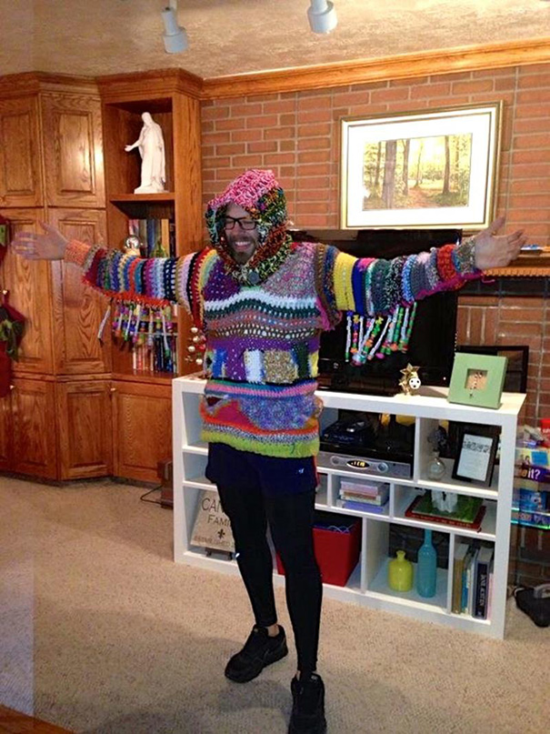 ugliest-christmas-sweaters-181__605