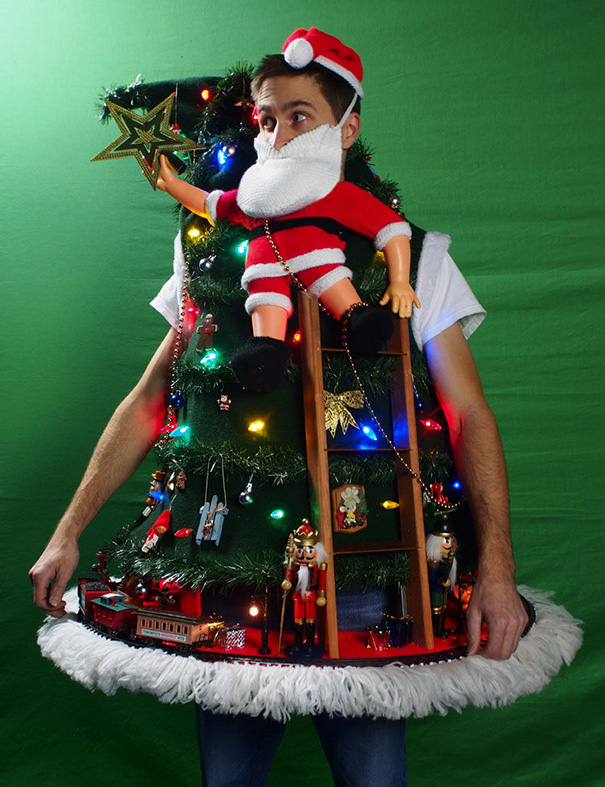 ugliest-christmas-sweaters-261__605
