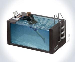 Офис-бассейн: поплыли на работу!