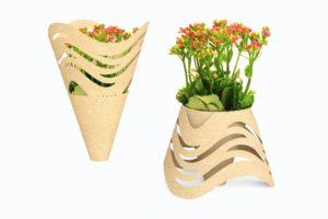 Дарите цветы вместе с вазой
