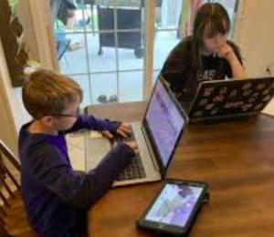 Отправятся дети в школу осенью или опять перейдут в онлайн?
